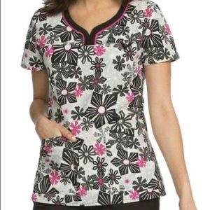 Med Couture MC2 Floral Scrub Top